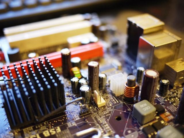 パソコンのメモリにヒートシンクで冷却する効果は?必要あるのか?